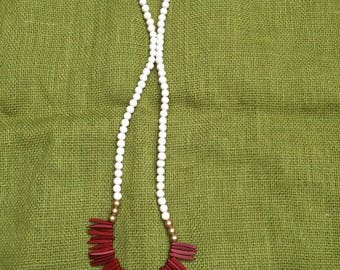Red Moroccan stick necklace