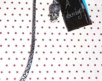 Bookmark to Board (pirate book bookmark)