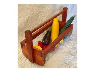 """18"""" Wire garden basket, vegetable/garden hod"""