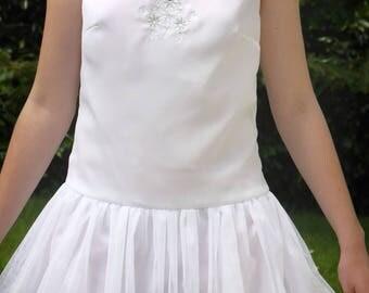 Short chiffon sleeveless party dress white color size 34-36