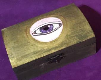 Protective eye TAROT Box 13 cm x 8.5 cm x 5.5 cm