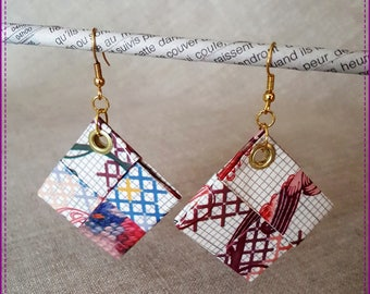 """Earrings in recycled paper laminated, """"Vintage"""" theme"""