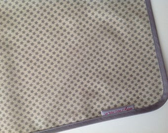 Placemat in oilcloth cream taupe grey white stars