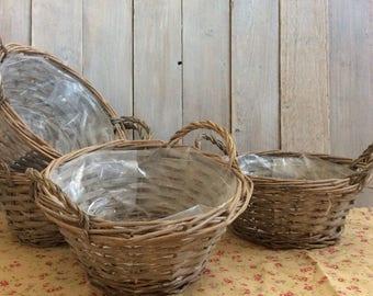 Grey willow wicker basket/planter