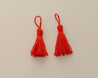 2 PomPoms decoration 4.5 - 5 cm red tassels