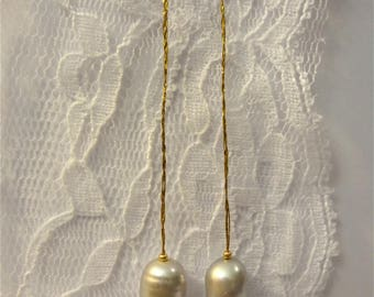 Grey Freshwater Pearl Gold dangle earrings