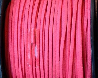 1 m of 3mm wide coral suede cord