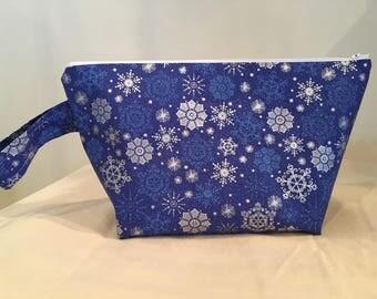 Knitting Project Bag, Sock Bag, Project Bag, Small Knitting Project Bag, Crochet Project Bag, Zipper Bag, WIP Bag, Snowflake, Winter Scene