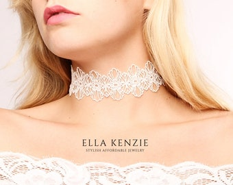 White Lace Choker Necklace, White Choker Necklace, Lace Up Choker Necklace, Wedding Choker Necklace, Bridal Choker Necklace, Wedding Jewelry