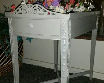 Charming accent table