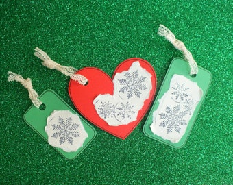 Set Tag gift Christmas: Red hearts covered with snowflakes!