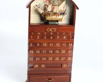 "Vintage Wooden ""Santa Maria"" Columbus Italian Perpetual Calendar"
