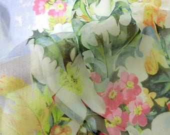 New floral printed 30 D Polyester Poly Silky Chiffon Fabric Material For Dress Cloth Skirt 30D-33026 By The Yard