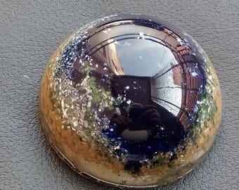 """Orgonite """"Mirè"""" in Resina epossidica semisfera (Dimensioni: Ø 70 mm h 35 mm)"""