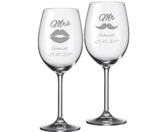 "2 Leonardo wine glasses with personalized engraving ""Mr & Mrs"" Bride/Groom with name and date engraved wedding gift"