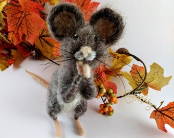 Felted mouse, woodland animal, mouse, mouse figurine, woodland mouse, forest mouse, mouse gift, cute mouse, forest animal, standing mouse