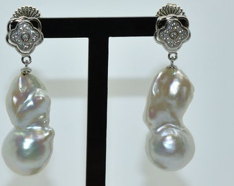 Earrings silver, Keisy pearls and Stones