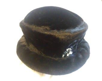 Vintage Faux Fur Cloche Hat