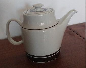 Vintage Richard Ginori made in Italy Tea / Coffee Pot