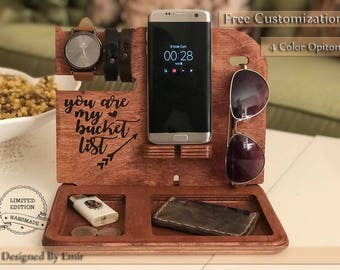 Personalized men gift,Mens birthday gift,birthday gift,gift for him,gift for men,gift for husband,gift for dad,docking station,iphone