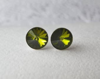 Silver earrings with Swarovski Olivine