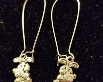 Boutique Silver Alloy ...Cute Bunny Holding a Carrot Earrings...Great for Easter Comming Soon  #C81