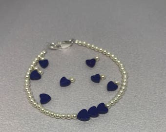Swarovski Crystal Cream Glass Pearls and Lapis Lazuli Gemstone Hearts Beaded Bracelet.
