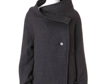 YOHJI YAMAMOTO. Japan. Y's black wool wrap front oversized wool coat jacket JP2 M US6