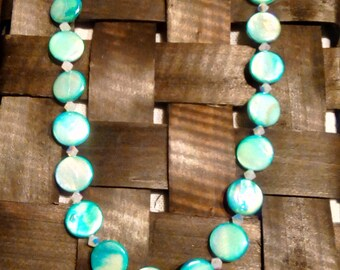 Turquoise mother of pearl necklace
