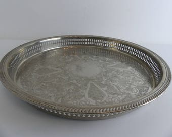 Vintage English Silver Plated Round Galleried Tray (EI8)
