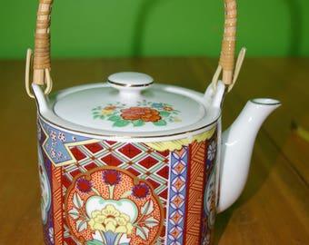 IMARI WARE teapot
