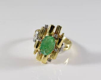 Vintage 18K Yellow Gold Diamond and Emerald Ring Size 8 1/2