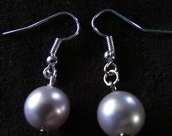 Cream faux pearl earrings