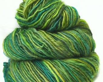 Handspun yarn handdyed BFL wool Kidmohair silk singles yarn hand spun hand dyed