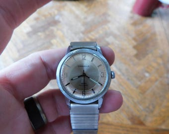 Vintage Caravelle manual wind womens watch FREE SHIPPING in usa