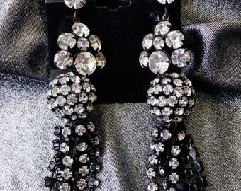 Vintage 1950s Rhinestone Earrings 60s Chandelier Japanned Clip On Dangle Drop