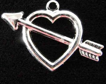 15mm Silver Plate Left Facing Heart and Arrow Pendant Charm Bead 2pcs