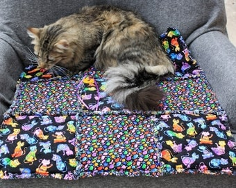 Cat Bed, Pet Couch Cover, Cat Quilt, Pet Blanket, Black Pet Bed, Handmade Pet Blanket, Colorado Catnip Bed, Travel Bed, Cat Matet With Toy