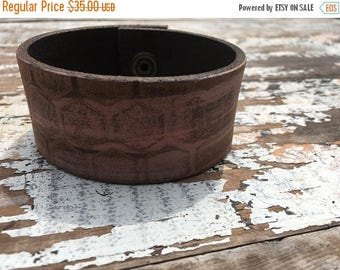 CRAZY SALE- Embossed Leather Cuff-Create Your Own-Painted Leather-Word Cuff-Honeycomb