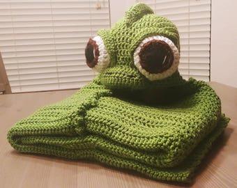 Crochet Pascal the Chameleon Hooded Blanket - cartoon costume hat - hooded blanket for boys - hooded blanket for girls