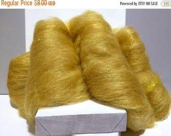 """Tour De Fleece SALE Gold wool fiber art batt, felting wool, spinning fiber, """"Rumpelstiltskin"""", gold roving wool, gold angelina fiber"""