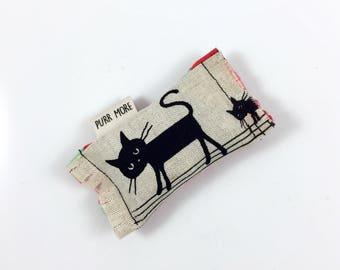 Black Cats Green Bean Organic Eco Friendly Catnip Cat Toy For Mew