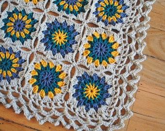 Granny Square Blanket, Handmade Crochet Afghan, Granny Square Baby Blanket, Baby Gift, Sunburst Crochet Square, Unisex baby gift