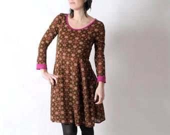 Floral jersey dress, Brown floral dress, Womens clothing, Womens dresses, Flared brown and pink stretchy dress, size UK 10-12, MALAM
