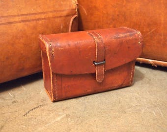 Vintage Leather Ammo Pouch with quick release closure As-found Military Hunting Fishing