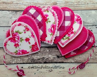 Handmade Garland/Bunting Fuscia Pink Gingham/Floral Fabric and Felt Heart Garland/Bunting Free Uk Postage