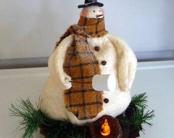 Primitive Snowman toasting marshmallow tuck