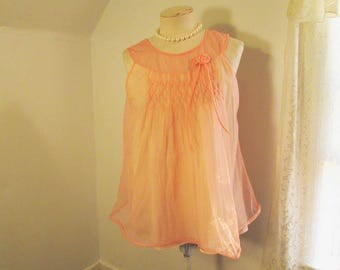 Vintage Apricot Nightgown 60s Smocked nightie Short Peach nightgown Babydoll lingerie S M