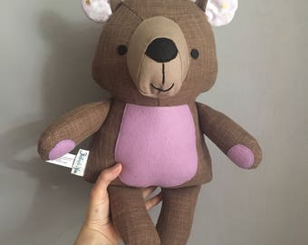 Decorative teddy bear doll in lilac / Peluche décorative ourson lilas