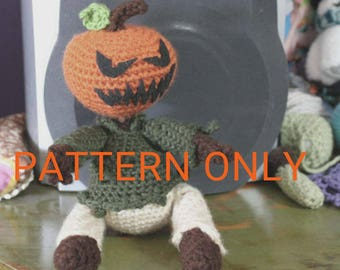 CROCHET PATTERN Pumpkinhead